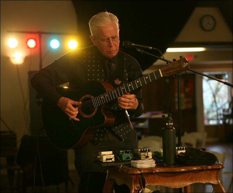 Bruce Cockburn - 23 April 2015 - photo Daniel Keebler