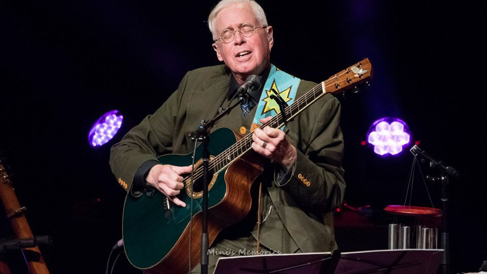 Bruce Cockburn - 21 October 2019 - FirstOntario St Catharines - photo Mini's Memories